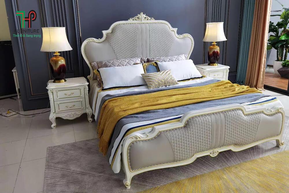 giường ngủ gỗ cổ điển bọc nệm