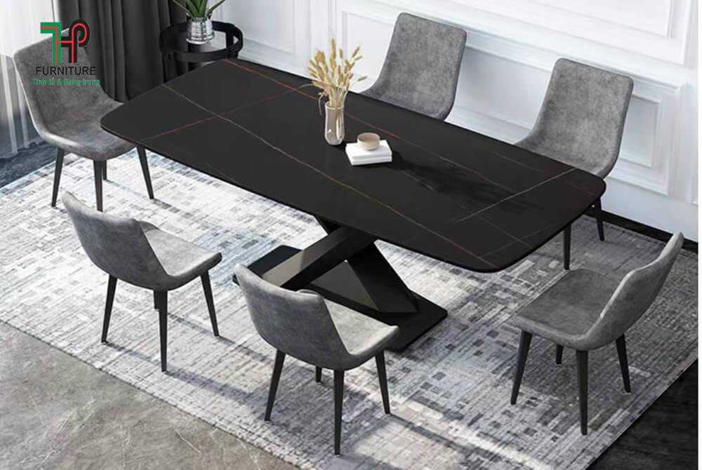 bàn ăn mặt đá đen