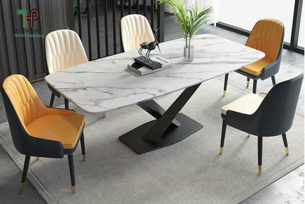 bàn ăn mặt đá hiện đại (2)