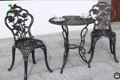 bàn ghế hợp kim nhôm