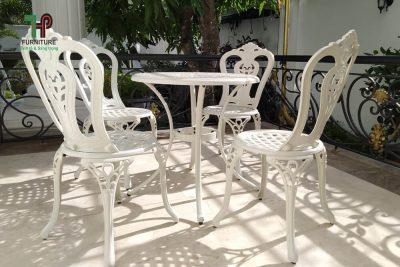 Bộ bàn ghế sân vườn hóc môn